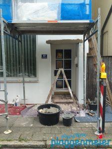 Das Sanierungsmobil ist immer zur Stelle und repariert Schäden, die andere Maler nur zuschmieren würden...