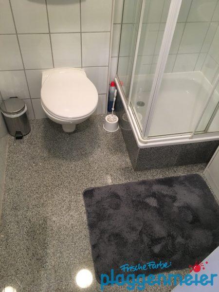 Das Bad vor der Teilrenovierung vom Maler aus Bremen.