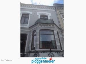 Fassade in zentraler Lage von uns gestrichen - Frische Farbe kommt von uns! Bremer Maler