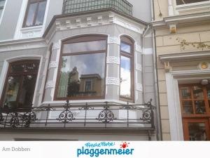 Kleinteilige Fassade - das ist typisch für Bremer Altbauten - wir haben die Erfahrung und die nötige Kreativität: Substanzerhalt und beste Gestaltung - frische Farbe vom Maxi-Maler!