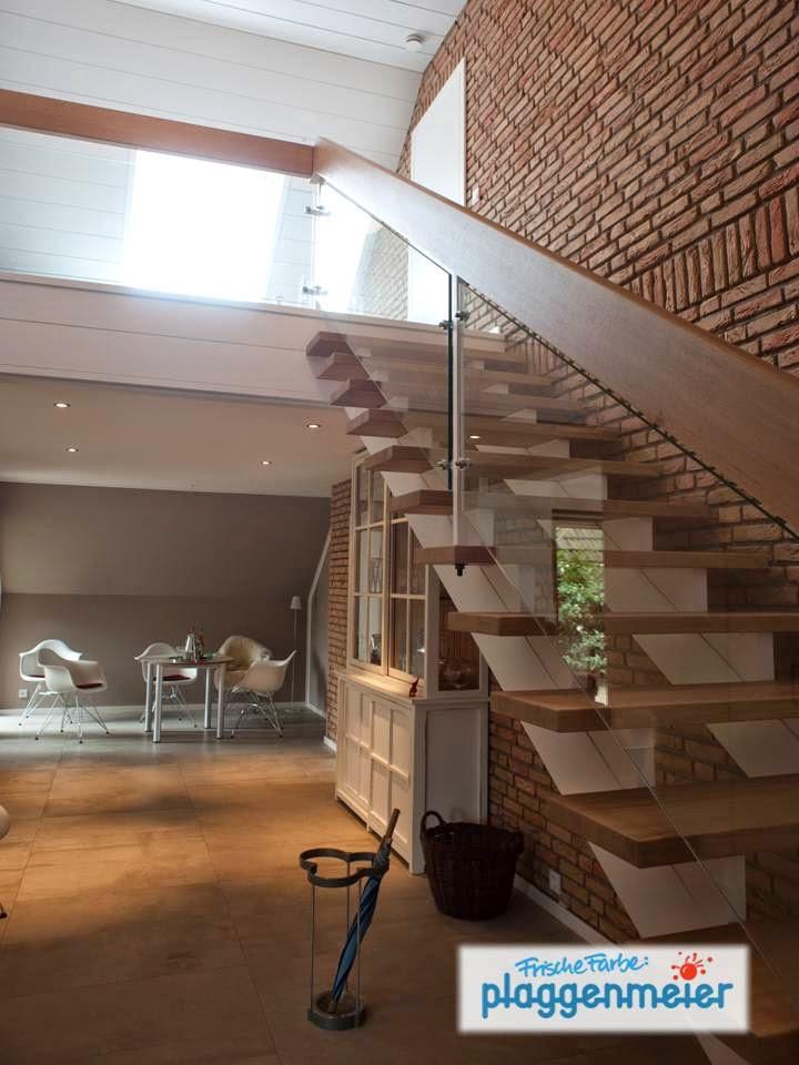 Der Tischler hat´s gebaut und der Maler verschönert es: in Bremen lasiert und lackiert bei Hausrenovierung die Arno Plaggenmeier GmbH