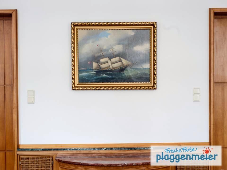 Eine Weiße Wand ist hier Pflicht - fachgerechte Referenz vom Bremer Malermeister.