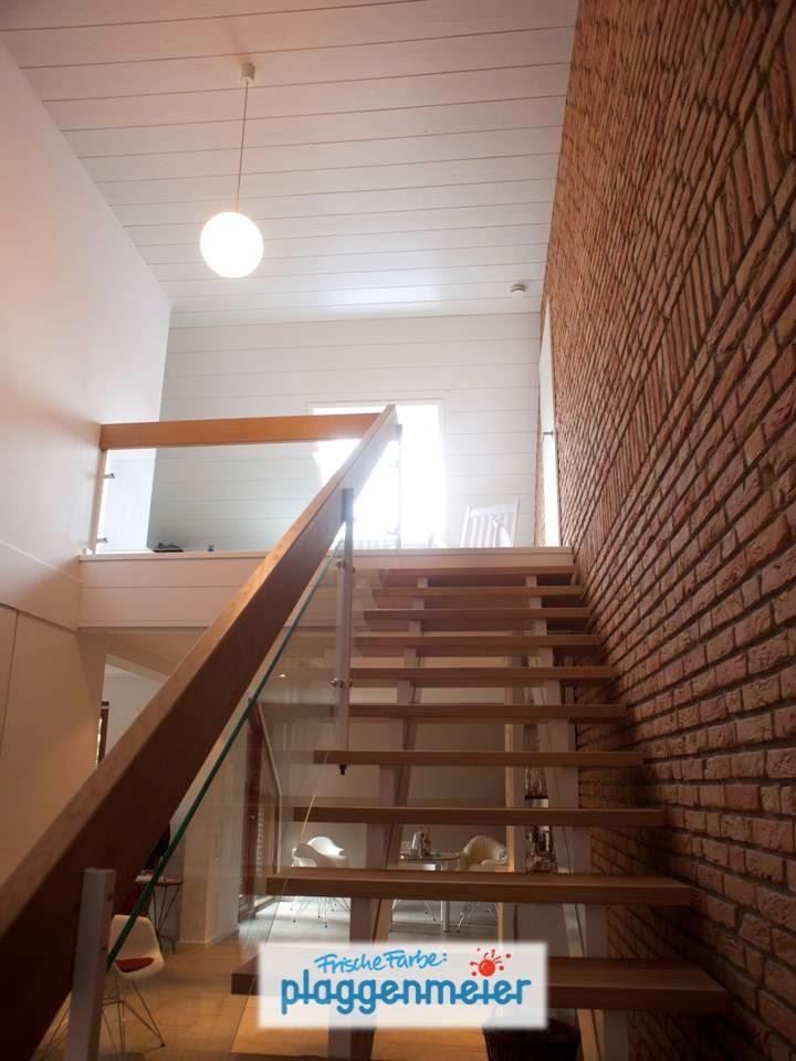 Lasierarbeiten erfordern eine ruhige Hand - die Auswahl des richtigen Materials ist für zufriedenstellende Effekte entscheidend. Hausrenovierung vom Supermaler-Team