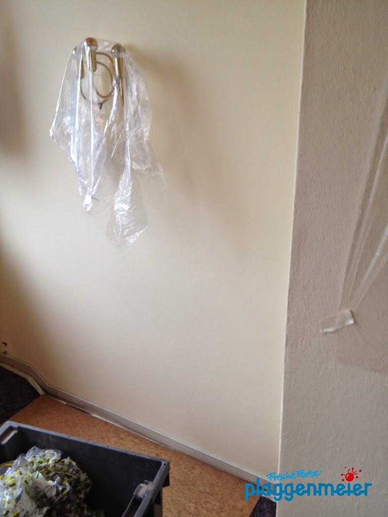 Saubere Arbeit: Abdecken heisst auch präzise Abzukleben, um nicht wertvolle Montagegegenstände aufwändig reinigen zu müssen.