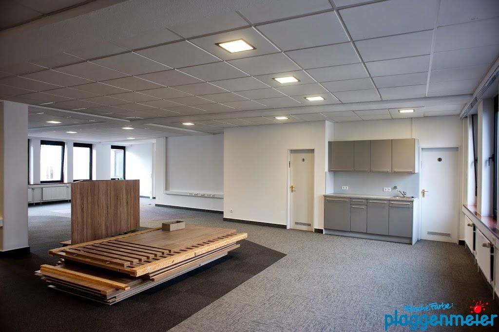 Arbeitsatmosphäre - mit unseren Malerarbeiten kann man sich im Büro wohlfühlen.
