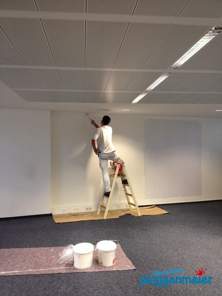 Sauberes Arbeiten spart bei Malerinnenarbeiten Zeit, weil Nacharbeiten wegfallen - so geht malen in Bremen!