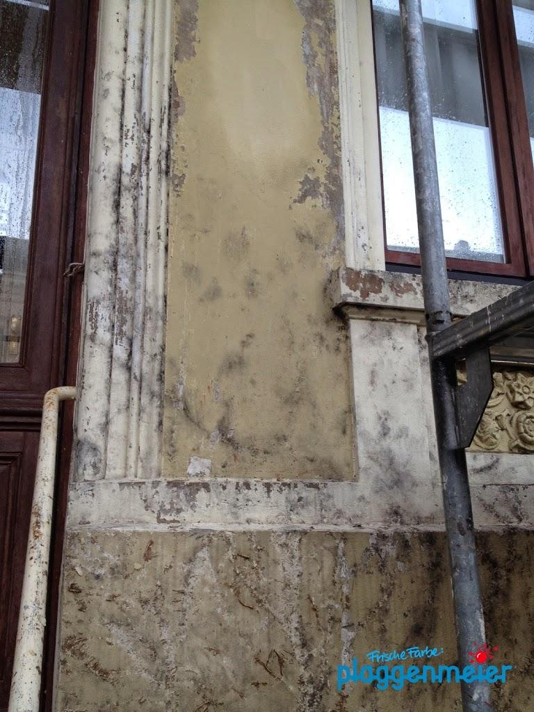 Farb- und Fassadenschäden müssen besonders im Bremen-Wetter vom Meisterfachbetrieb behoben werden