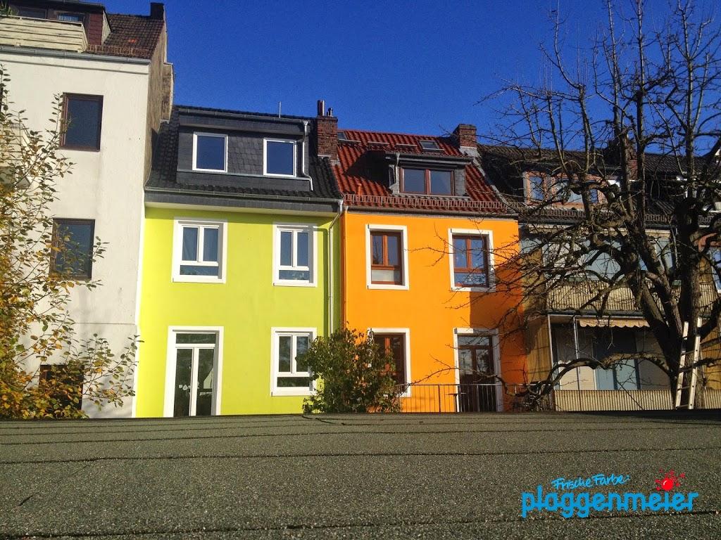 Wie kommt man an frische Farbe? Bremens führender Malerfachbetrieb macht´s für Sie. Nicht nur Dämmung, auch Fassadengestaltung ist uns wichtig!