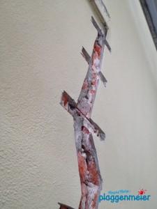 Wir sanieren auch massive Risse, zum Beispiel mit Mauerwerksankern - Spitzen Maurerservice