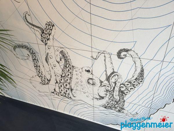 Ein Klassiker für Seemannsgarn, auf dieser Fototapete verewigt, vom Malerfachbetrieb verarbeitet
