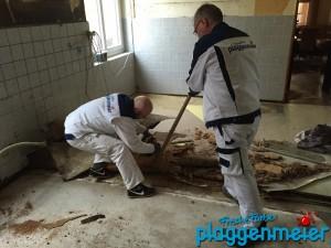 Fussboden erneuert in der Restaurantküche - gute Malerarbeiten in und um Bremen