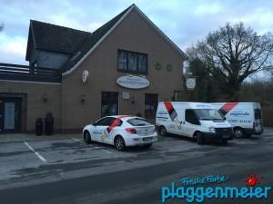 Küchensanierung: Zur Einrichtung der Baustelle sind Meister und Teamleiter vor Ort - Malerprofis Bremen