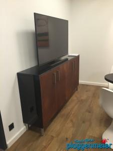 Sonderanfertigung: tolle Möbel zur Bürorenovierung vom Malermeister