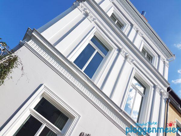 Diese Gründerzeit-Fassade haben wir um einige Profilelemente ergänzt - Malermeister aus Bremen