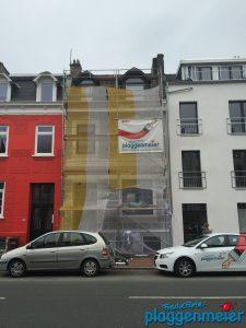 Work in progress - bald gibt´s hier eine tolle neu gestaltete Altbremer Fassade mit Fassadenprofil aus Maßanfertigung.