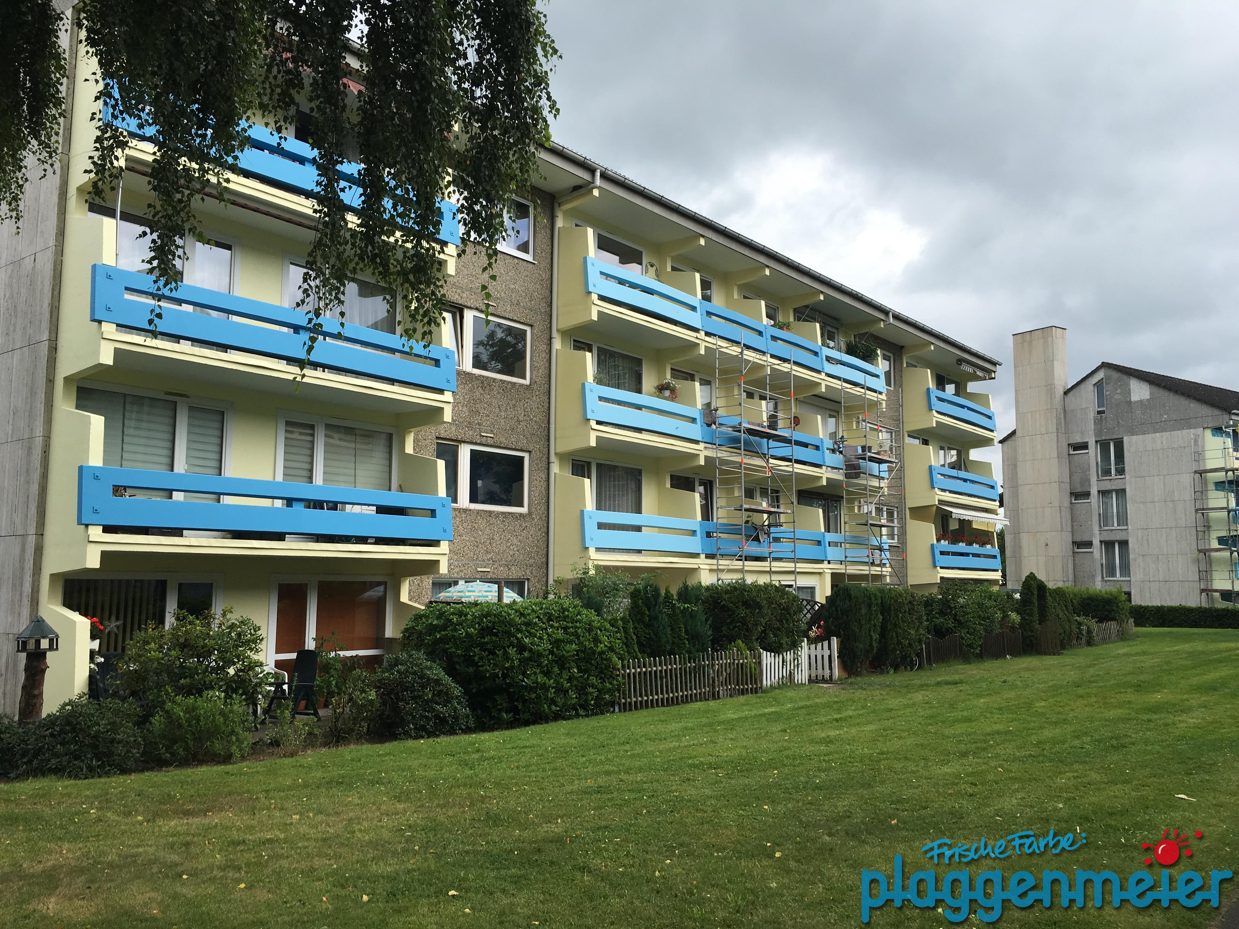 So sieht es fertig aus! Malerarbeiten und Betonsanierung an der Fassade abgeschlossen! Profimaler aus Bremen