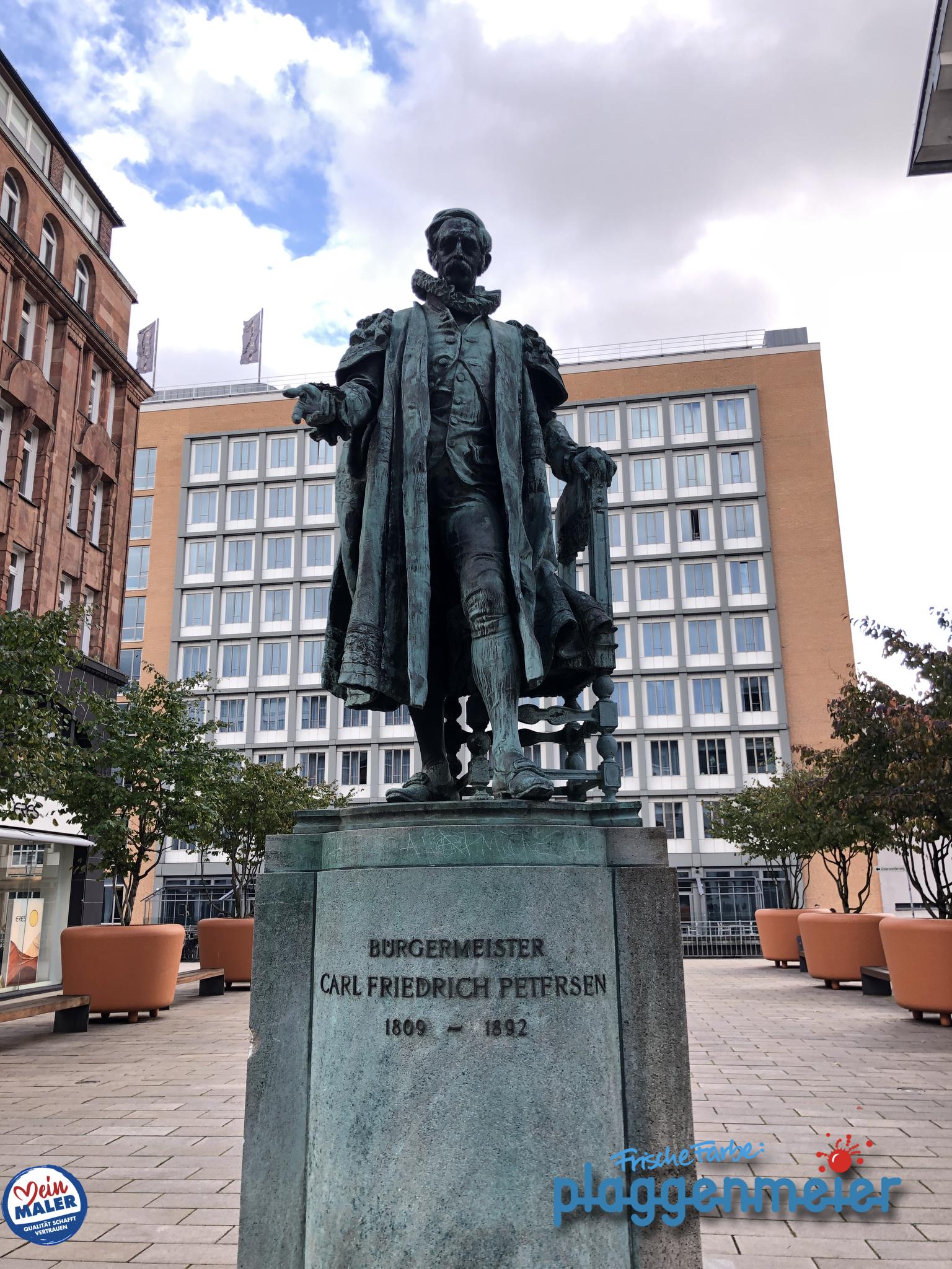 Carl Friedrich Petersen - hier passt ein Hamburger Bürgermeister a.D. auf, dass wir als Denkmalschutz-Maler unseren Job richtig machen. Keine Sorge, Carlchen, die Maler aus Bremen regeln das.