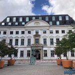 So strahlt das Görtz-Palais in Hamburg, seit der Denkmalschutz-Maler aus Bremen alles fertig hat.