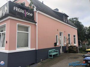 Vor dem Fassadenanstrich haben wir natürlich alle notwendigen Sanierungsarbeiten ausgeführt. Fassadenspezialisten aus Bremen achten immer auf die Bausubstanz!