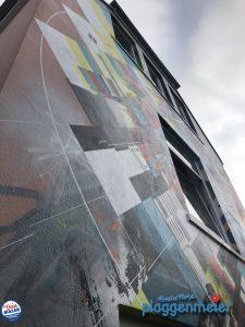 Detail der Graffitikunst mit unserem Schutz-Fassadenanstrich. Wir konservieren echte Kunst in Bremen - Profis für die Fassade Plaggenmeier