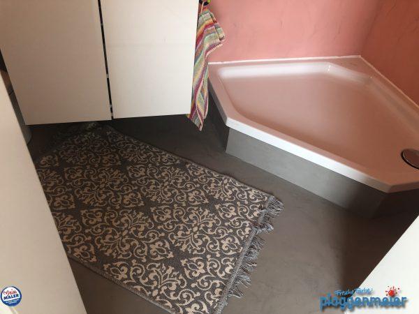 Fugenloses Duschbad mit Böden und Wänden - vom Malerprofi gespachtelt, mit exklusiven Material in Bremen von Frische Farbe Plaggenmeier